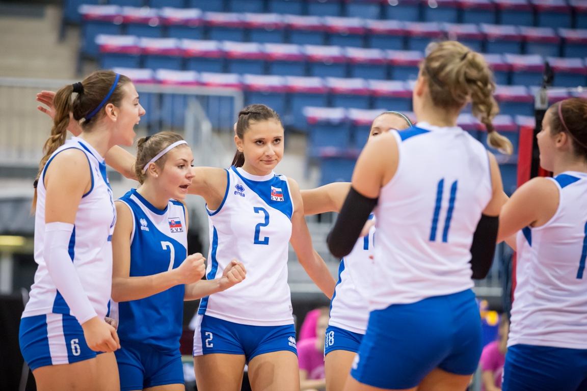 131652886 Reprezentácia žien do 19 rokov vo finálnej príprave na turnaj MEVZA