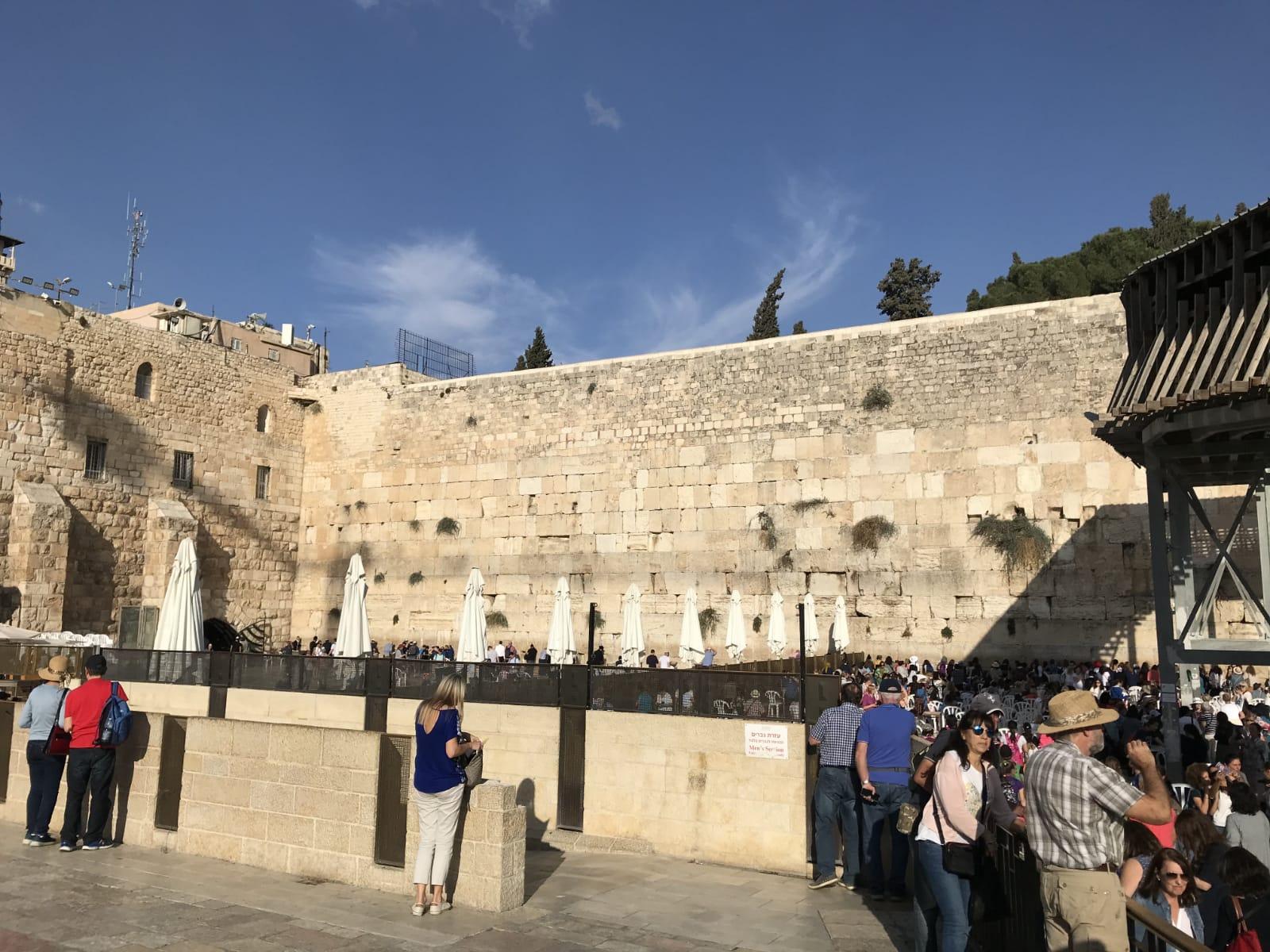 Peniaze za mlanlivos v, izraeli : rodina vza